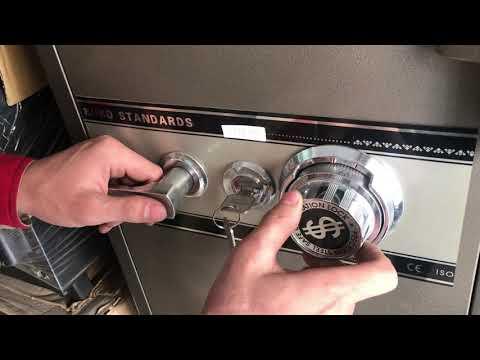 Cách mở khóa két sắt Rio 3 mã số Đúng kỹ thuật