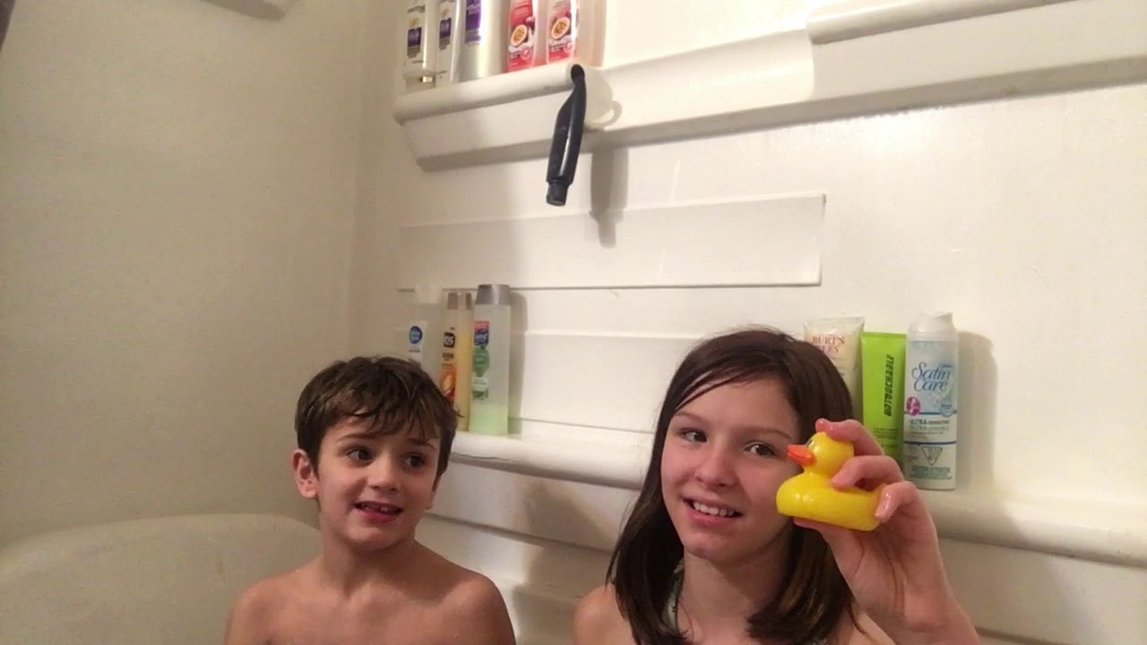 Bath time *MOM ALERT*