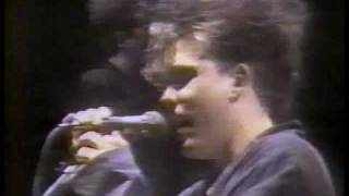 The Cure - Six Different Ways live rio 87
