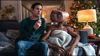 ET reunite with original elliot henry - HOLIDAY EDITION