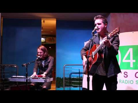 Parachute Performs 'Without You' in Atlantic City