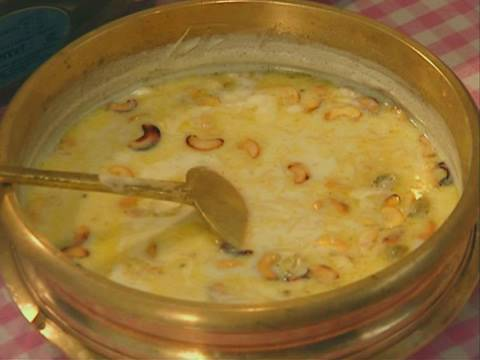 How to Prepare Semiya Payasam - Vermicelli Kheer Dessert Recipe