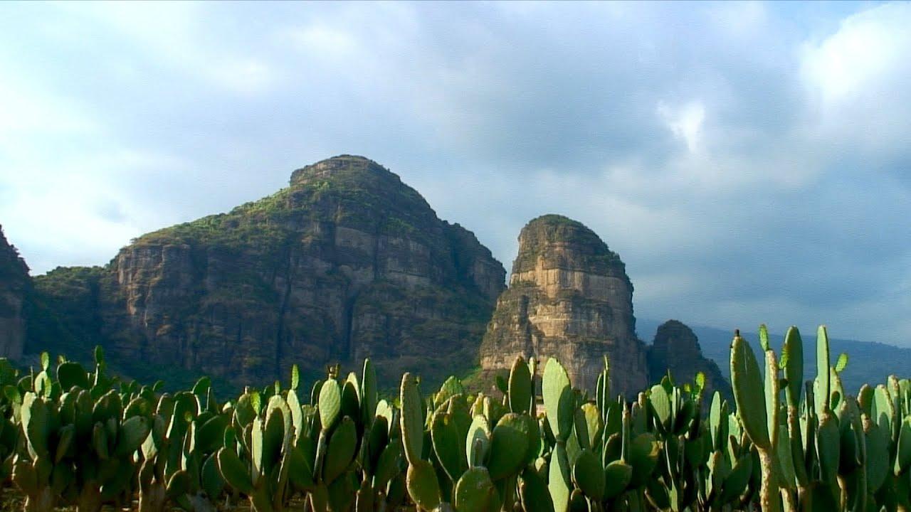 Tlayacapan: Restauración del templo en la cima del Cerro
