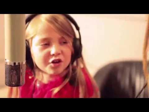 Barbie la princesse et la popstar clip complet de caroline costa et l a r v lation youtube - Jeux de barbie popstar ...