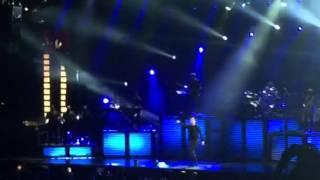 "Sam Smith ""La La La"" Live From The Amalie Arena"