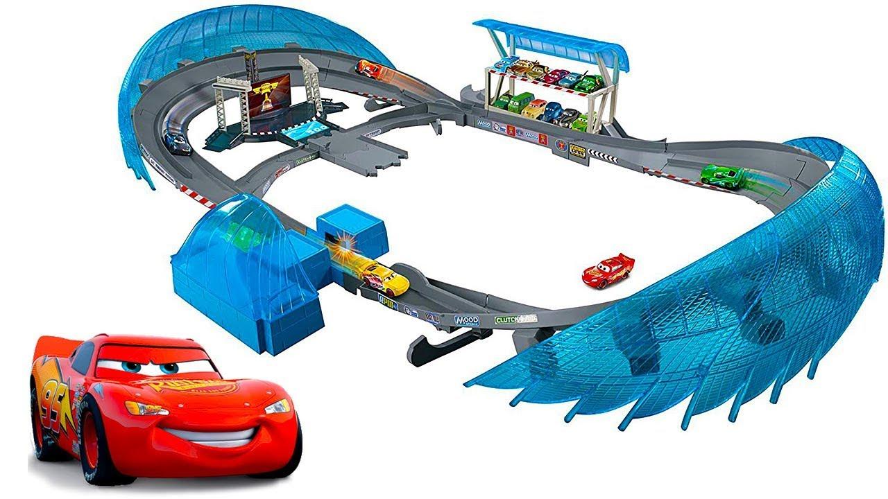 МАШИНКИ ТАЧКИ и трек-трасса АВТОДРОМ Флориды. Видео про Машинки для детей.Lightning Mcqueen CARS