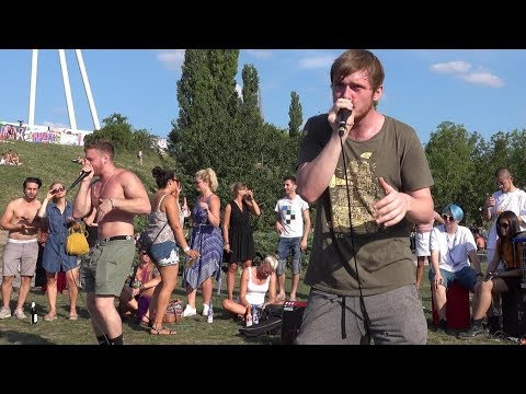Street music in Mauer park Berlin (2018-07-29) - Beat Boxing (part 6) - filmed by Nora