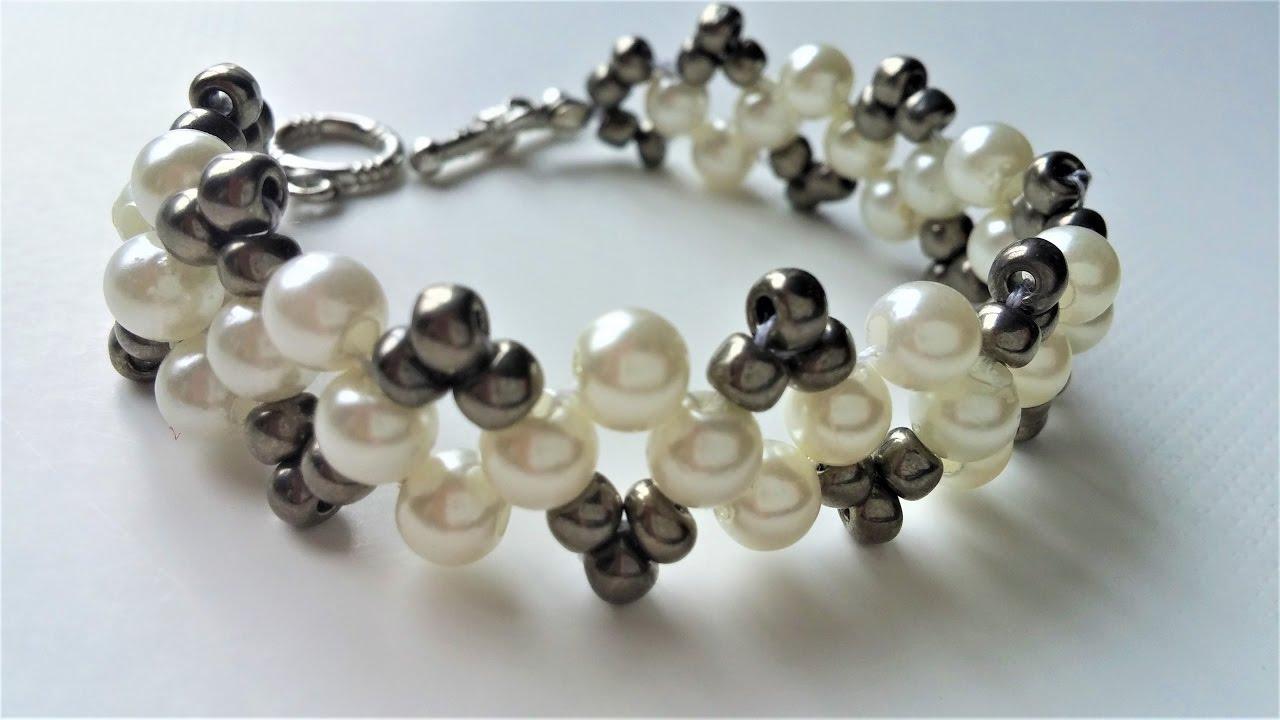 Watch on Make Easy Beaded Bracelets