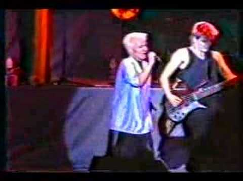 ROXETTE LIVE IN URUGUAY - Dressed for success