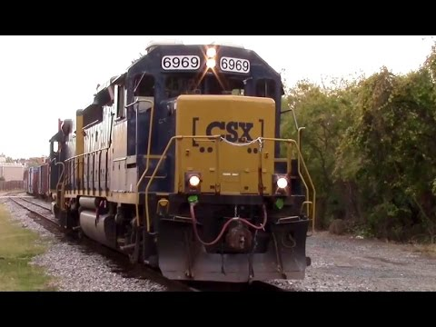 CSX Mother Slug Set On a City Yard Job