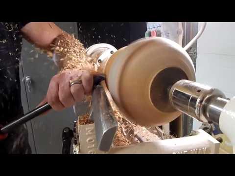 Making a Urn on A Oneway Lathe