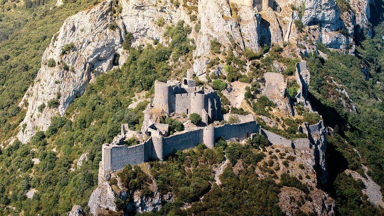 Home Willkommen in der größten aller Burgen des Katharerlandes ...