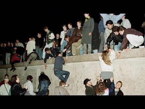 18 stunning photos from the night the Berlin Wall came down 28 years ago