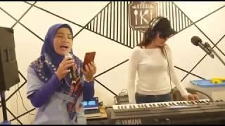 Celine Dion - My Heart Will Go On - Wiwin live KEDAI IKI Bandar Lampung #ngamenid #ngotaktv
