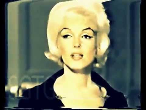 Marilyn Monroe Laugh =) - YouTube Marilyn Monroe Laughing Pictures Tumblr