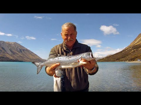 Lake Coleridge Salmon Fishing Canterbury New Zealand Allan Burgess.wmv
