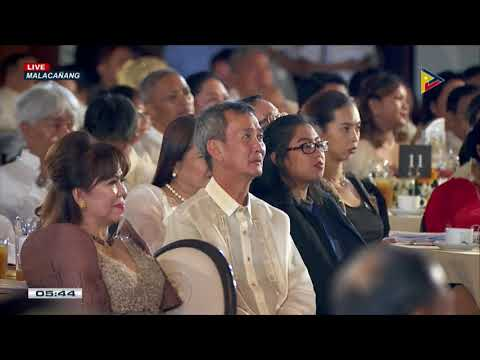 PRRD graces the 2017 Model OFW Family of the Year Awards (MOFYA) at the Malacañan Palace