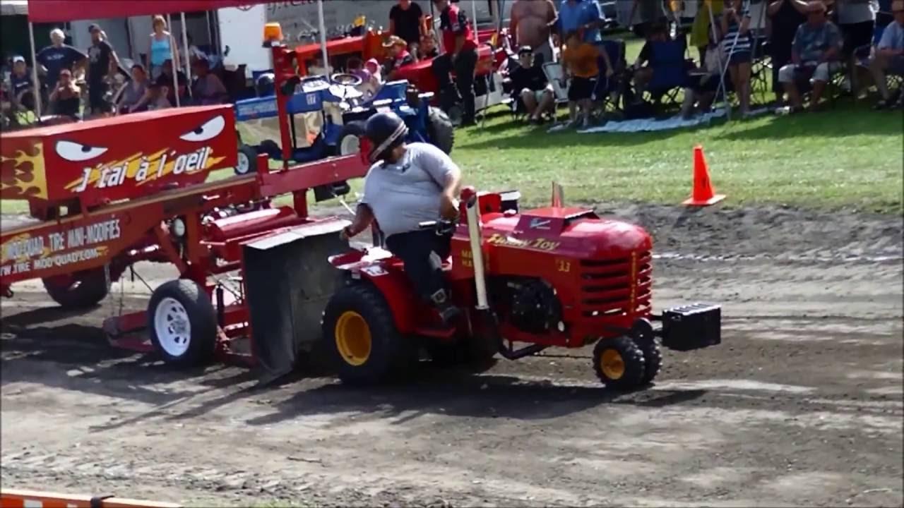 Garden Tractor Pulling Engines : Modified garden tractor pulling massueville