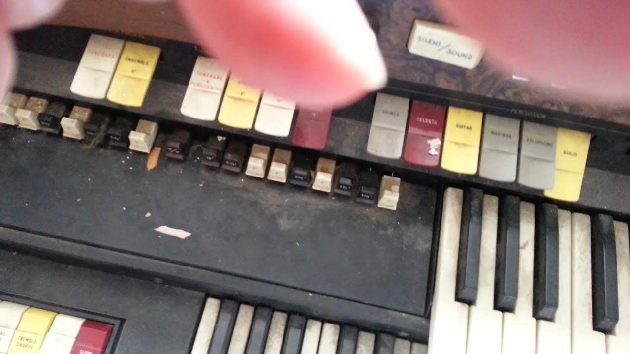 Serious Beats & Loose cannon | Testing a vintage hammond organ