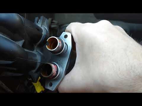 Снятие и замена радиатора печки на Mercedes Vito 638