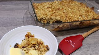 Low sugar apple crumble with oats and raisins