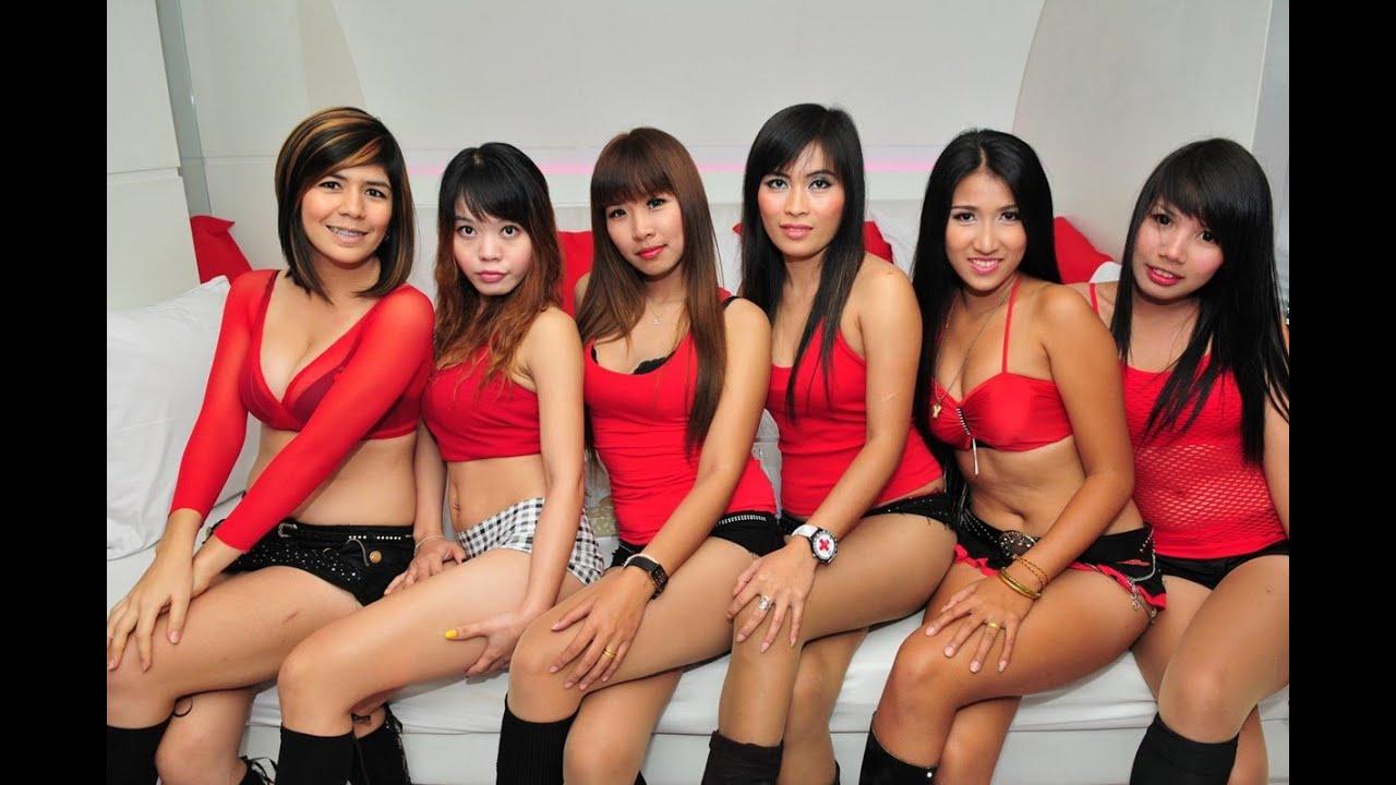Тайландские шлюхи на работе