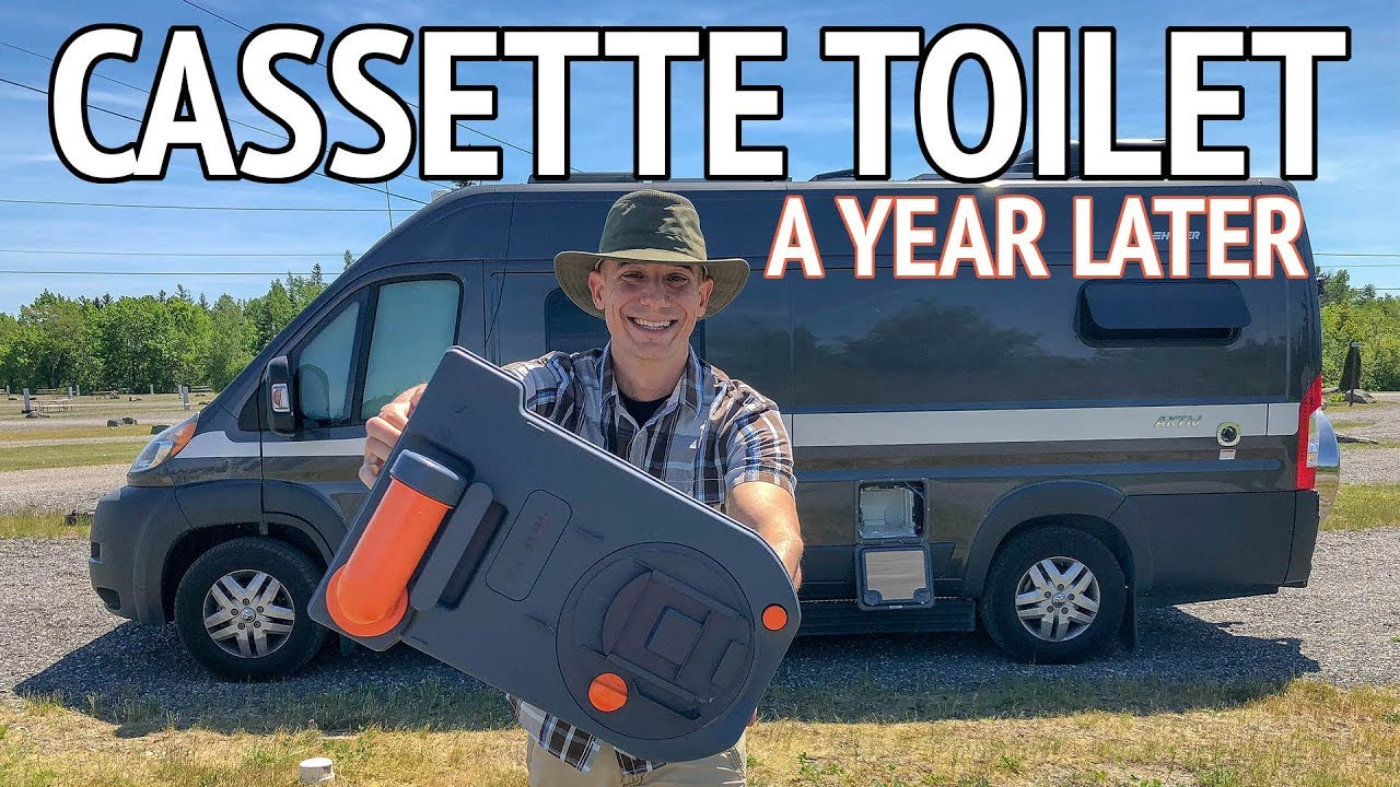 Cassette Toilet - What Is it? How Do You Use it? Where Do