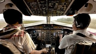Cockpit ATR72-200 Air Bagan (Yangon-Mandalay-HeHo)