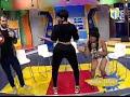 Capture de la vidéo Ana Carolina Meneando La Chapa En Mas Roberto