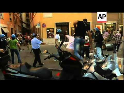 Clashes in Rome as Italy seeks final approval for austerity plan