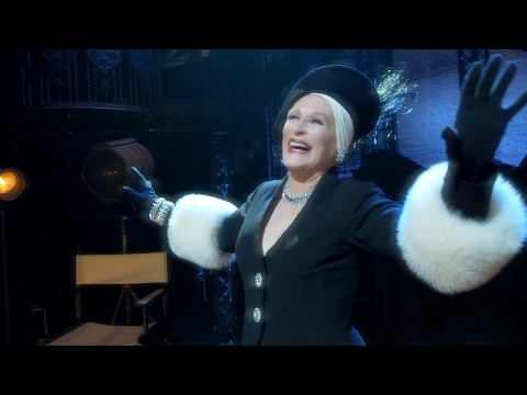 Show Clips: SUNSET BOULEVARD