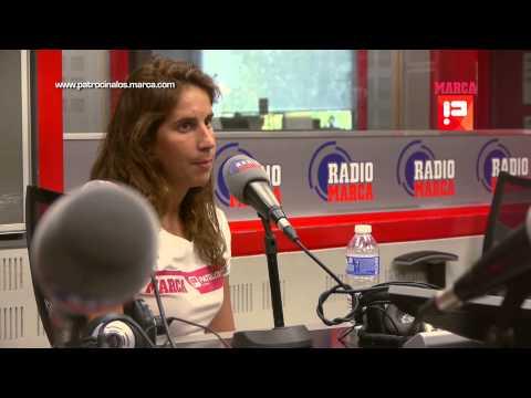 Erika Villaécija en radio marca con convenio opel patrocínalos