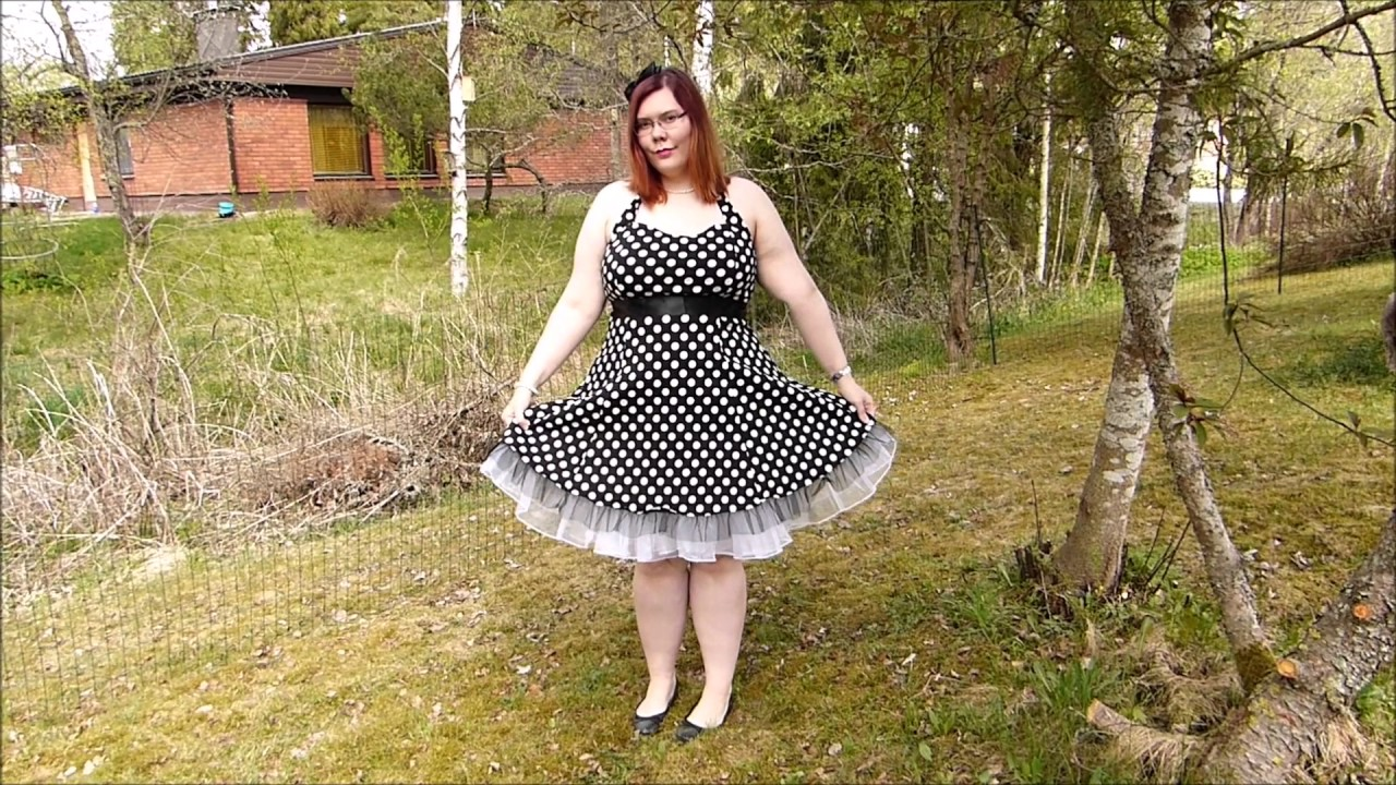 Plus-size OOTD: Black and white polka dot dress from Wish