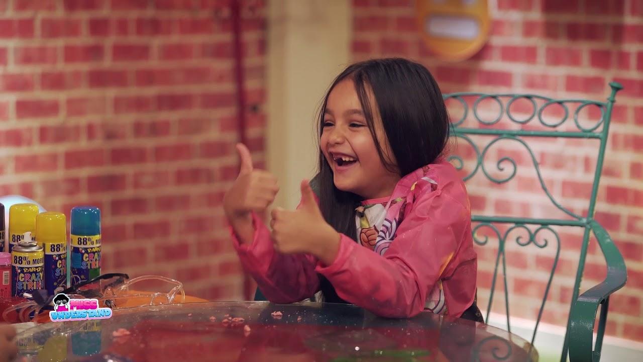 طفلة تتسبب في انهيار شيماء سيف من الضحك