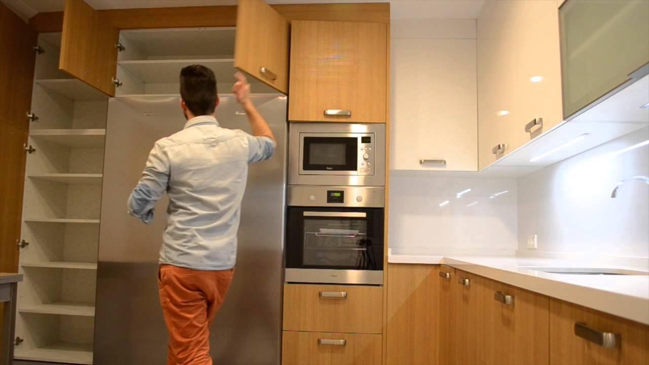 Cocina nordica madera y blanco un lugar muy acogedor for Cocinas modernas blancas precios