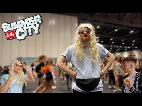 MEETING YOUTUBERS DISGUISED AS A FAN | Sitc 2018