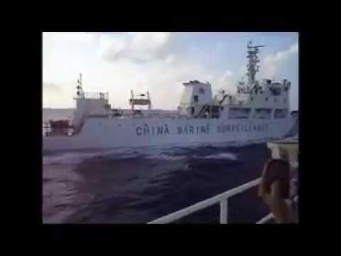 Vietnam marine police boat hit Chinese navy chief.mp4