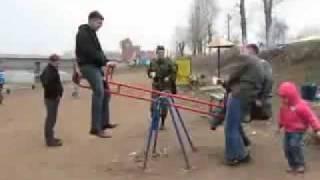 Ruski Konik [ Tak sie ruscy bawia na placu zabaw]