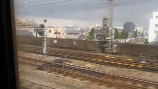 JR西日本683系「特急サンダバード22号」大阪行きが金沢駅を発車(車内より)