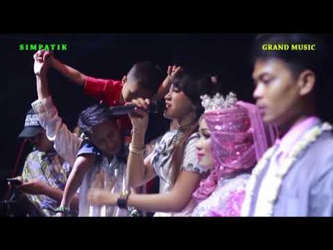 Dik LASTRI ( Despacito )  jihan audy  - live  ARSHELA di Mojosari