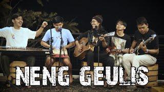 Neng Geulis (Anjar Boleaz Live Akustik di Cafe d'Puncer Ft.Sora Saparakanca)