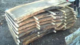 How to dry wood using small sticks to allow airflow