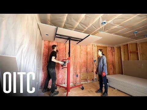 diy-amateurs-hang-drywall-like-a-pro-⚡️-home-renovation-#8