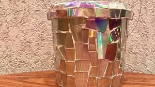 304. Цветочный горшок из майонезного ведра. Мозаика из CD дисков
