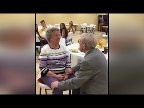 92 Year Old Man Sweetly Serenades Wife With Song On 50th Wedding Anniversary