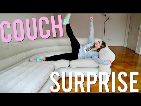 Surprising my roommate with an INFLATABLE COUCH! Vlogmas 9, 2017