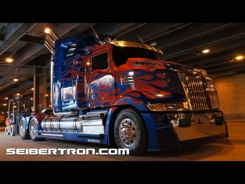 Transformers 4 filming in Chicago - Autobots + Optimus Prime + Hound - Age of Extinction