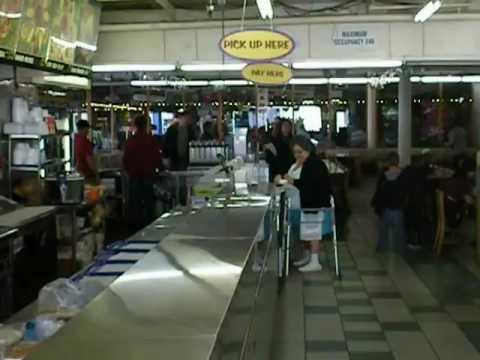 Redondo fun factory fun fish market restaurant youtube for Redondo beach fish market