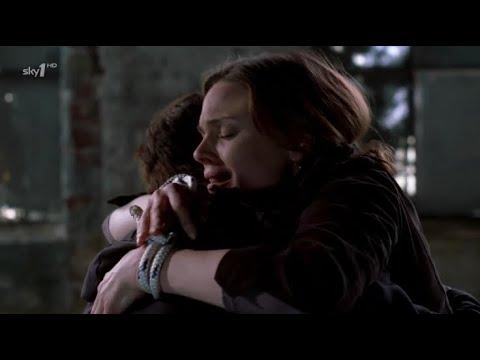 Download Bones 1x15 - Booth saves Brennan