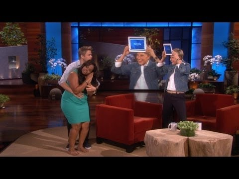Amber Riley and Derek Hough Play 'Heads Up!'